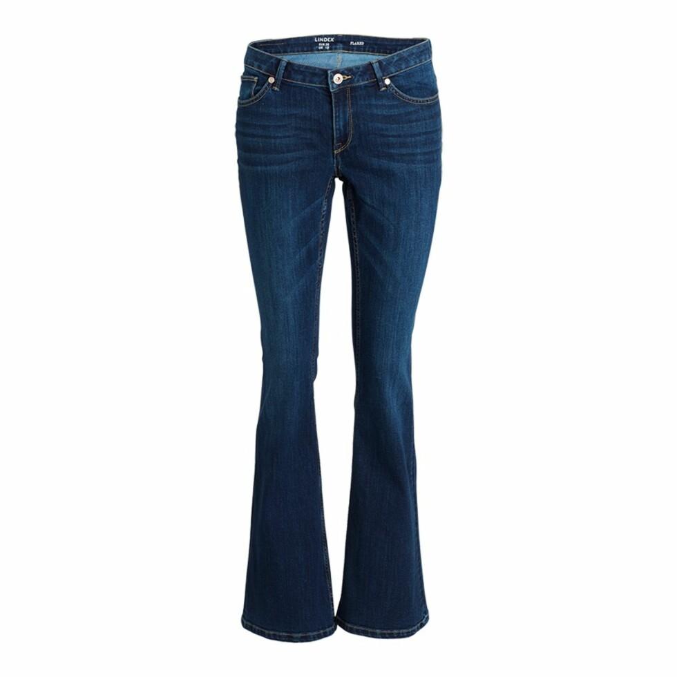 <strong>Slengbukse fra Lindex | kr 399 | http:</strong>//www.lindex.com/no/dame/underdeler/jeans/7329269/Flared-jeans/?styleId=73007967
