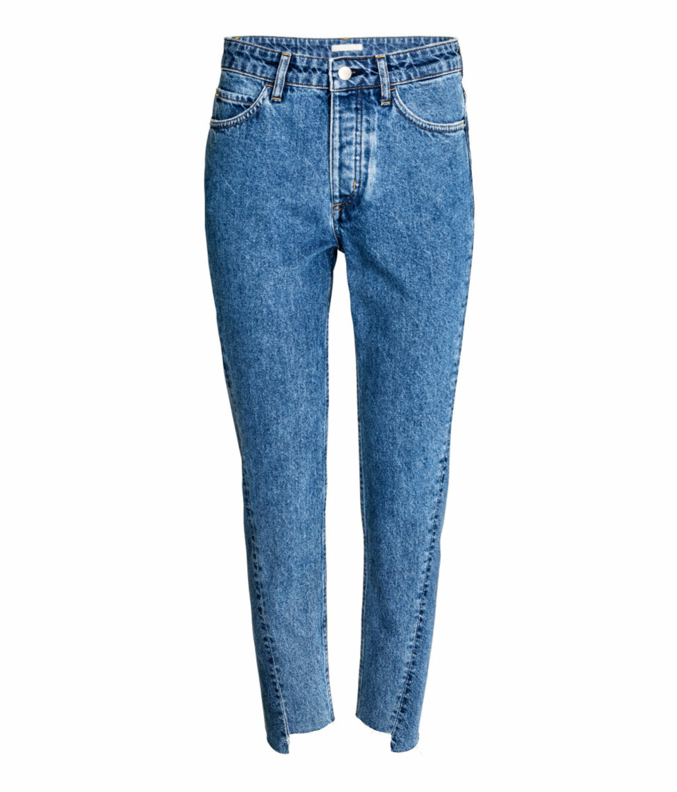 <strong>Jeans med ujevn kant fra H&M | kr 399 | http:</strong>//www.hm.com/no/product/54291?article=54291-A