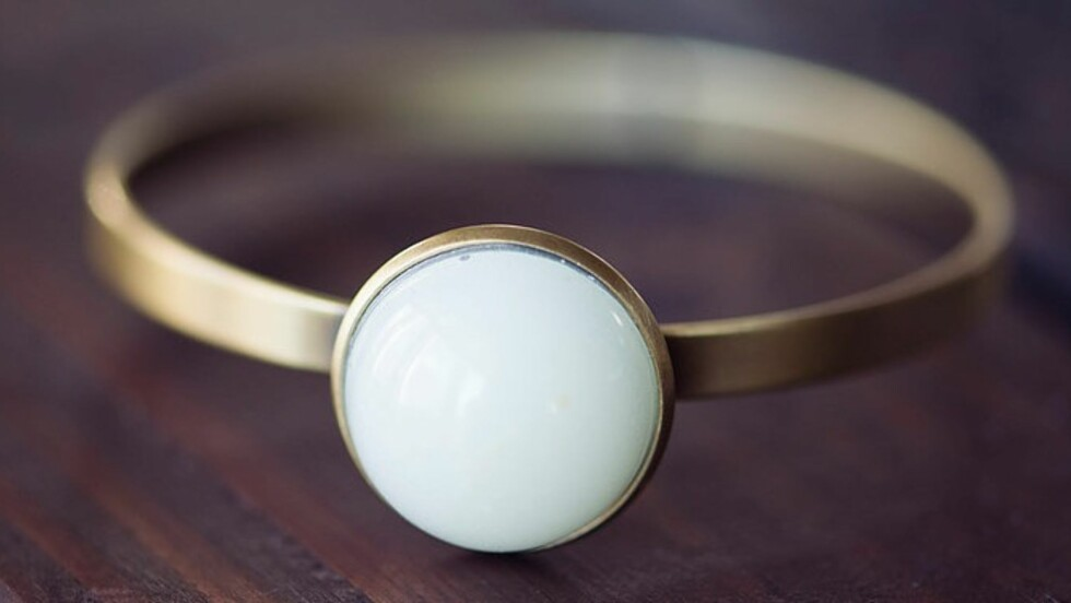 RING MED MORSMELK: Ville du kjøpt en ring som var laget av din egen morsmelk?  Foto: Mammasliquidlove.com