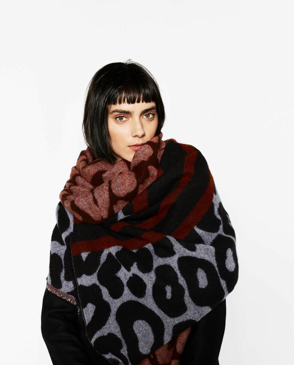 Skjerf fra Zara | kr 199 | http://www.zara.com/no/no/dame/accessories/t%C3%B8rkler/omsluttende-t%C3%B8rkle-med-brede-striper-c271013p4018512.html