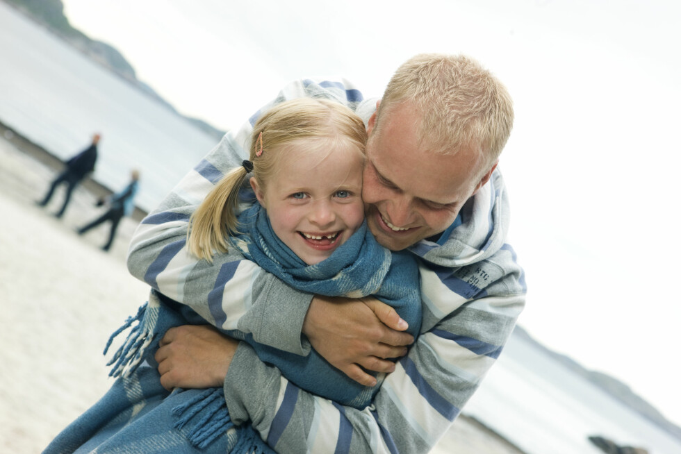EN BRA PAPPA: - Kvaliteten på datterens forhold til faren har betydning for hvilke menn hun synes er attraktive når hun er voksen, har forskere tidligere forklart.  Foto: Scanpix Norway