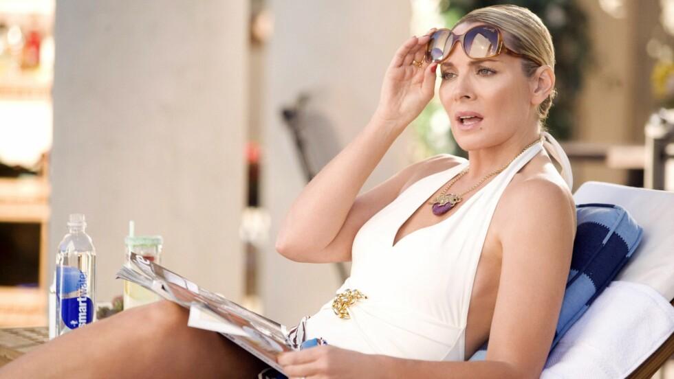 KIM CATTRALL: Flere nettsider skriver om ryktene som har florert på internett. Det skal nemlig ha seg slik at Kim Cattrall, som spiller Samantha Jones i «Sex og singelliv», kan få sin egen spin-off serie på HBO. Foto: DARREN STAR PROD./HBO FILMS/NEW LINE CINEMA / BLANKENHORN, CRAIG / Album