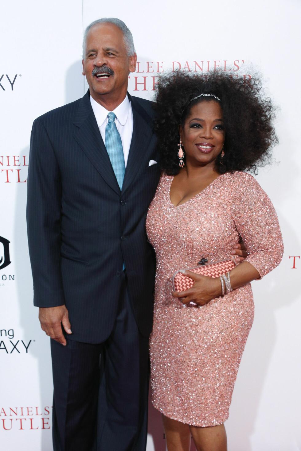 ALDRI GIFT: Talkshow-legenden Oprah Winfrey og samboeren Stedman Graham har vært samboere siden 1986. Hun har aldri hatt troen på ekteskapet, og er overbevist om at de to hadde skilt seg for lengst om de hadde inngått ekteskap. Foto: NTB Scanpix