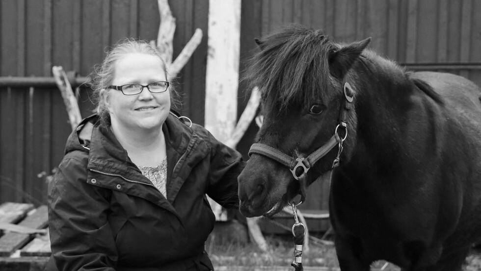 BLE SJÅLET: Hestene Ella og Pysen ble stjålet i en natt for ti år siden. Så kom eposten som skulle forandre alt.