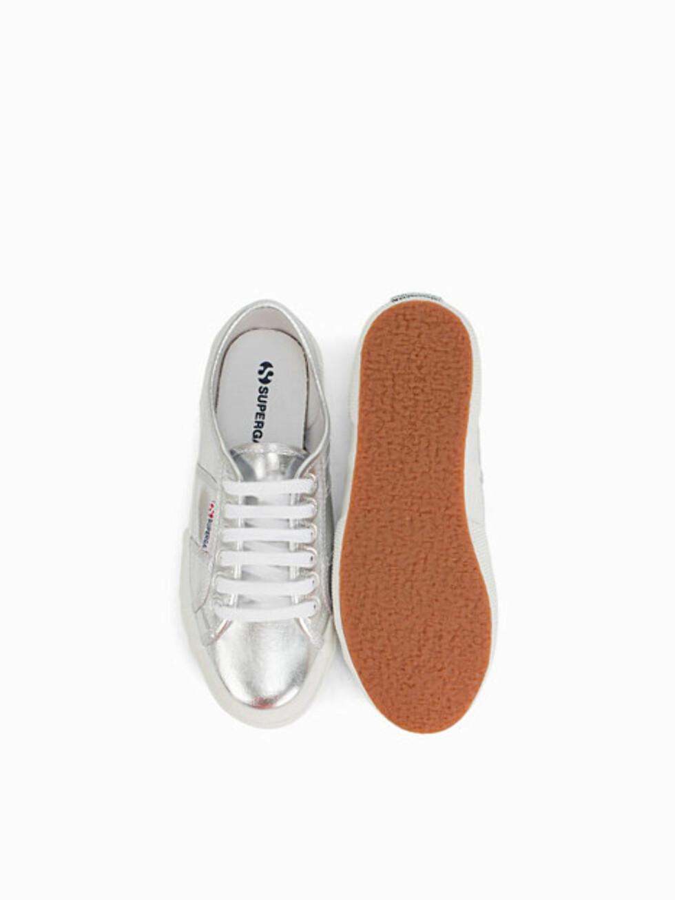 Sneakers fra Superga via Nelly.com   kr 449    http://my.nelly.com/link/click/17350