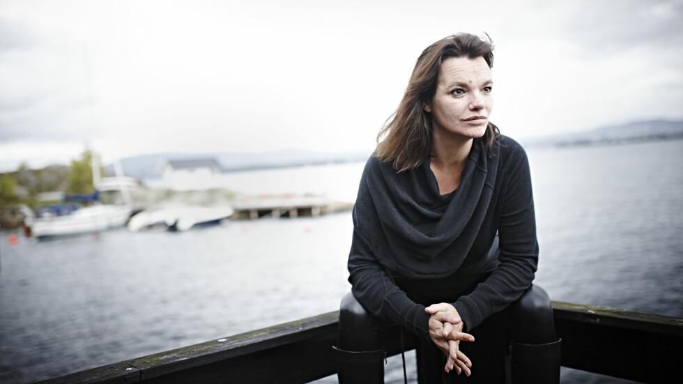 VAR ALKOHOLIKER: Først etter nesten tretti år med rus var Julie Winge (46) klar for å slutte ådrikke. – Det er bare når du har fått nok, at du forstår at du er alkoholiker. Jeg er heldig som fikk nok.  Foto: Geir Dokken