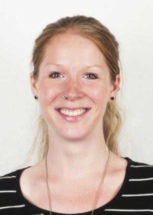 Synne Hall Arnøy fra Rosa kompetanse i FRI (Foreningen for kjønns- og seksualitetsmangfold), forteller at mange unge gruer seg til å fortelle venner og familie om legningen sin.