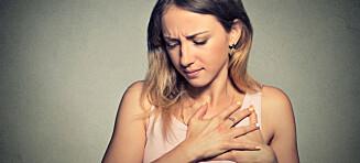 - Et hjerteinfarkt beskrives av noen som en følelsen av at en elefant sitter på brystet deres