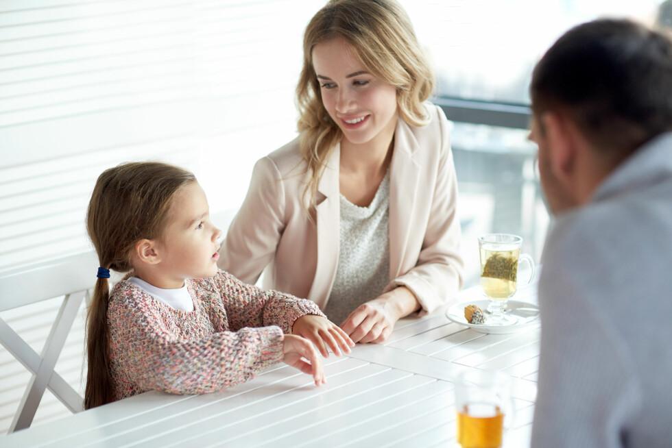 PRAT MED BARNA: Prat med barna om overgrep, vær ærlig, men unngå skremselspropaganda.  Foto: Shutterstock / Syda Productions