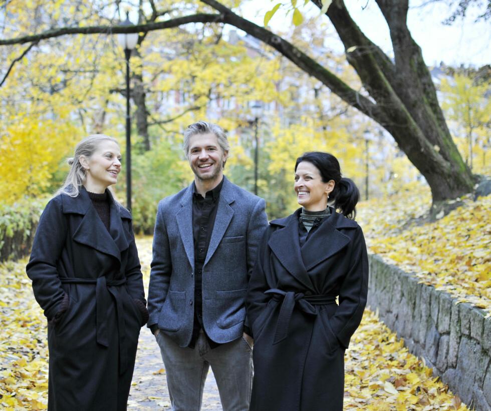 GOD STEMNING: Anna, Nicolai og Siv er naturlig nok stolte og glade over at serien de har laget sammen nå er solgt til 112 land - helt på egenhånd. Foto:  FOTO: Lena Britt Fredrickson