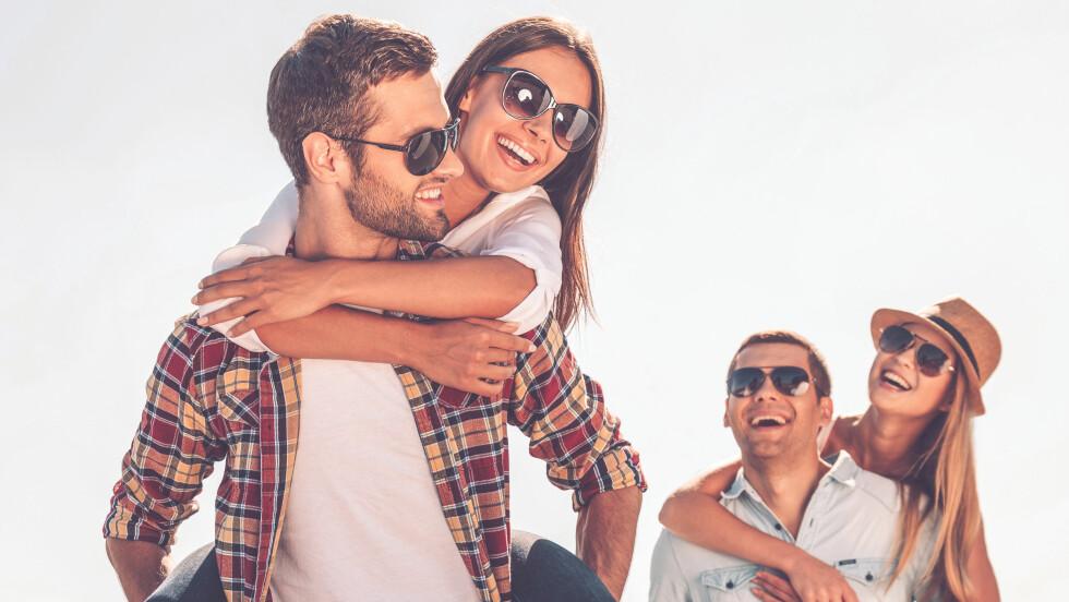 SAMLIVSBRUDD: Hvordan skal man egentlig forholde seg til et vennepar som går fra hverandre? Kan vi være venner med begge?  Foto: Shutterstock / g-stockstudio