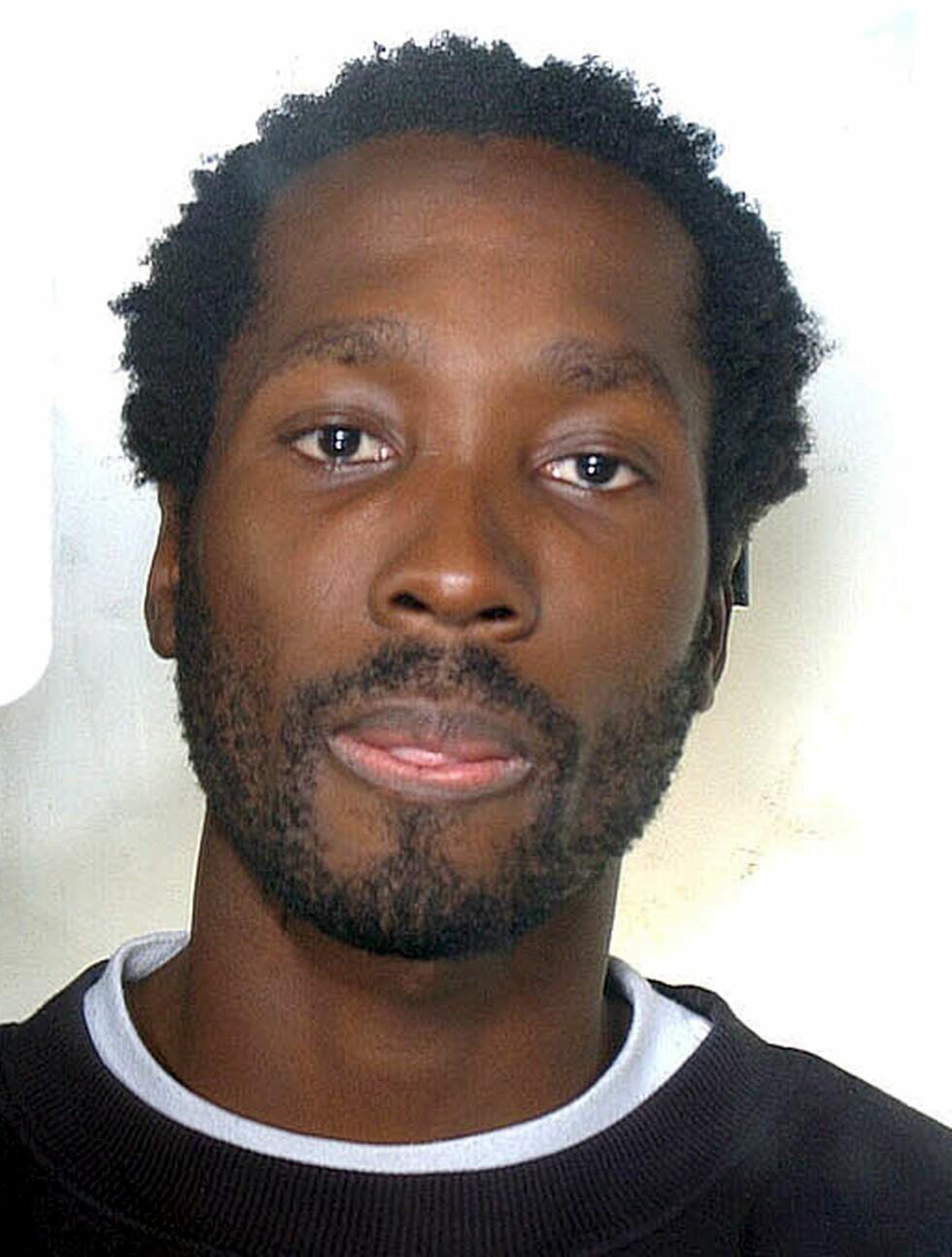 DØMT: Rudy Guede, som også ble dømt i saken tilbake i 2006, sitter fremdeles i fengsel. Han soner sin fengselsdom på 16 år. Foto: EPA