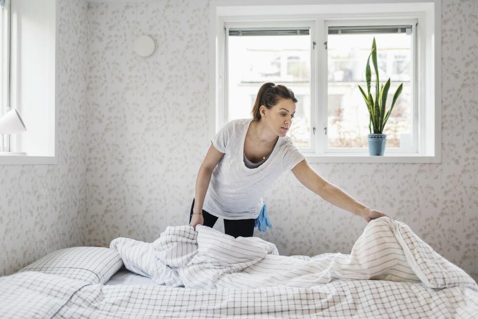 <strong>BYTTE:</strong> Vet du hvor ofte du burde skifte på senga? Her får du svaret. Foto: Maskot, Scanpix/NTB