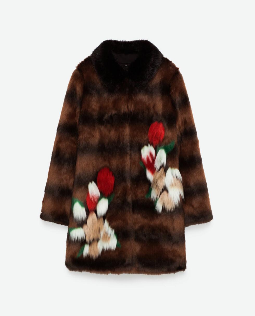 Kåpe fra Zara | kr. 1159 | http://www.zara.com/no/en/woman/outerwear/view-all/faux-fur-coat-c733882p3802573.html
