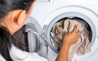 - Føles håndkle «seigt» så er det på tide med en vask