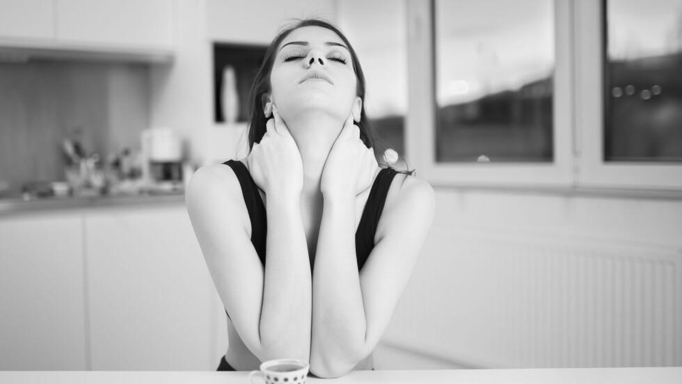 SKULKER JOBB: Mange nordmenn har skulket jobb på grunn av fyllesyke. Ifølge forsker Inger Synnøve Moan er andelen alkoholrelatert fravær om lag dobbelt så høy blant menn som blant kvinner, og er mer utbredt blant yngre enn blant eldre.  Foto: NTB scanpix