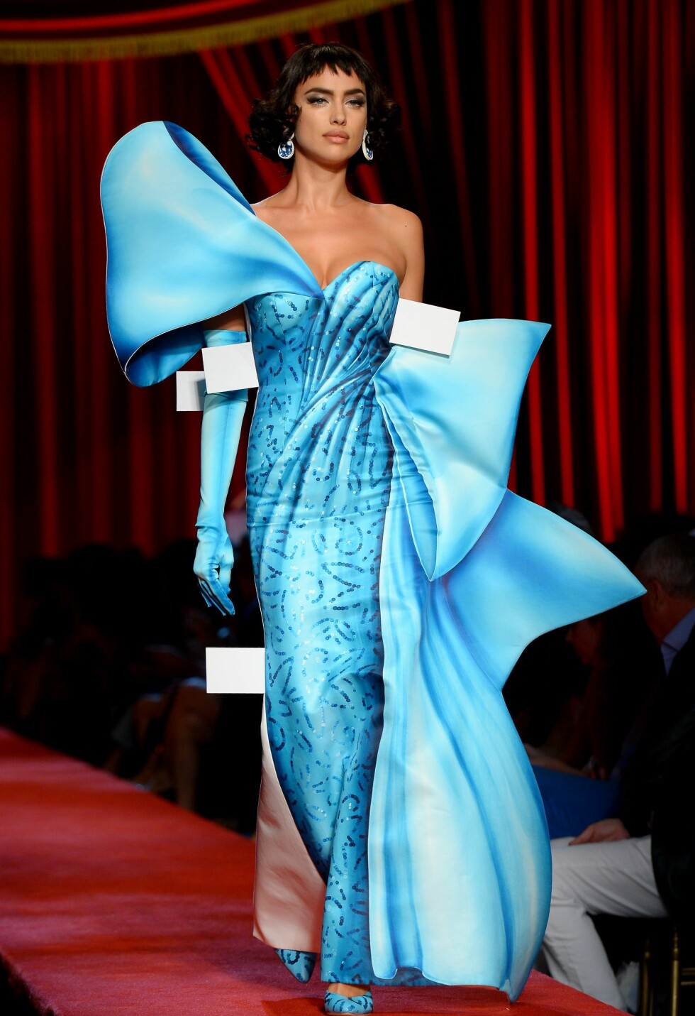 Moschino SS17 Foto: Rex Features