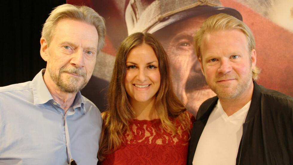 KONGENS NEI: KK.no-journalist Malini Gaare Bjørnstad møtte skuespillerne Jesper Christensen (t.v.) og Anders Baasmo Christiansen i forbindelse med pressevisningen i midten av september. Foto: KK.no