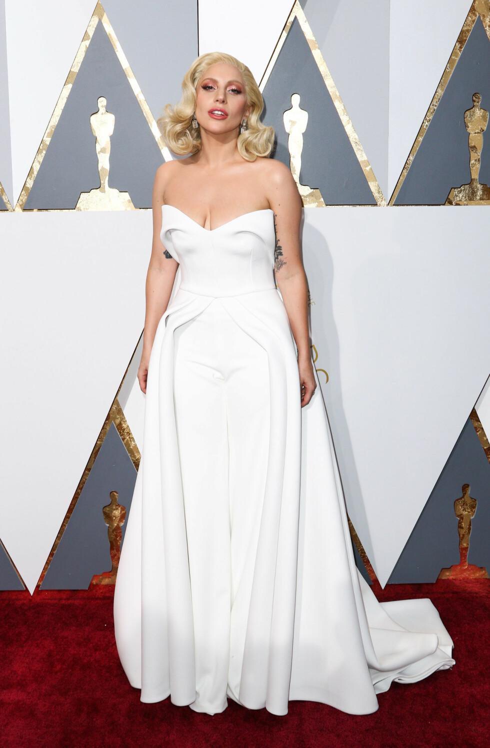 <strong>SIN EGEN STIL:</strong> Lady Gaga (30) er like kjent for sin særegne stil som for sin musikk. Foto: SipaUSA