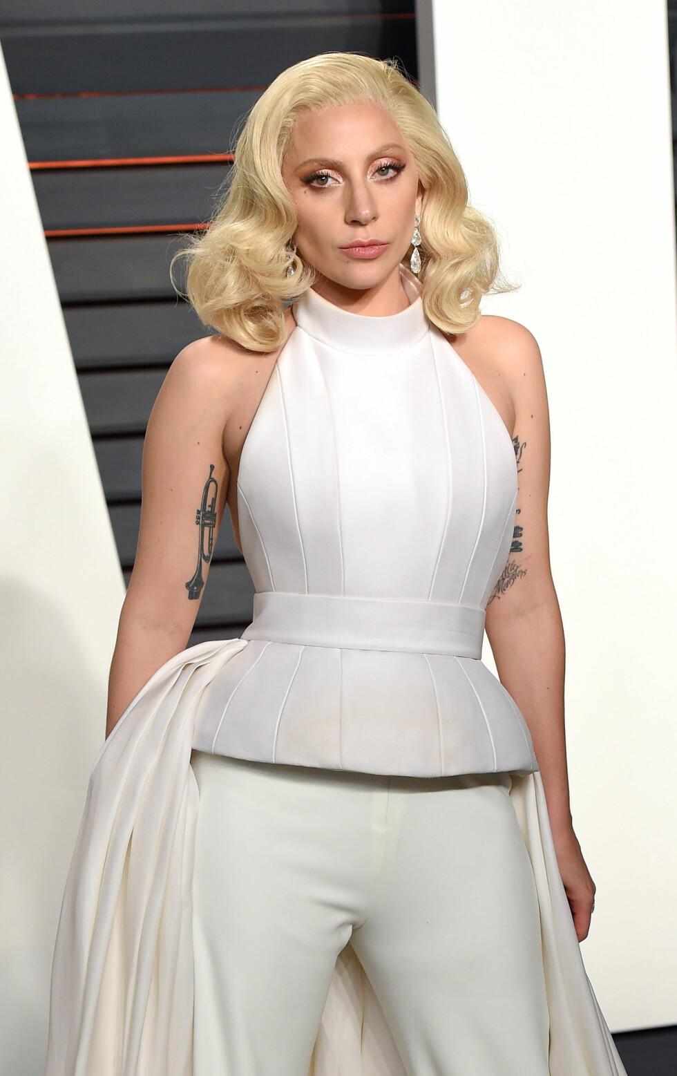 <strong>SIN EGEN STIL:</strong> Lady Gaga (30) er like kjent for sin særegne stil som for sin musikk. Foto: Pa Photos