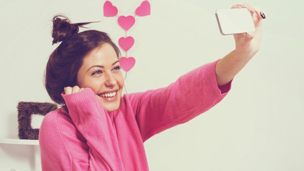 GLAD I OPPMERKSOMHET: Folk som er vant med å få mye applaus og oppfølging i barndommen, kan ofte ha et større behov for oppmerksomhet i voksen alder, mener ekspert. Foto: Shutterstock / BigLike Images