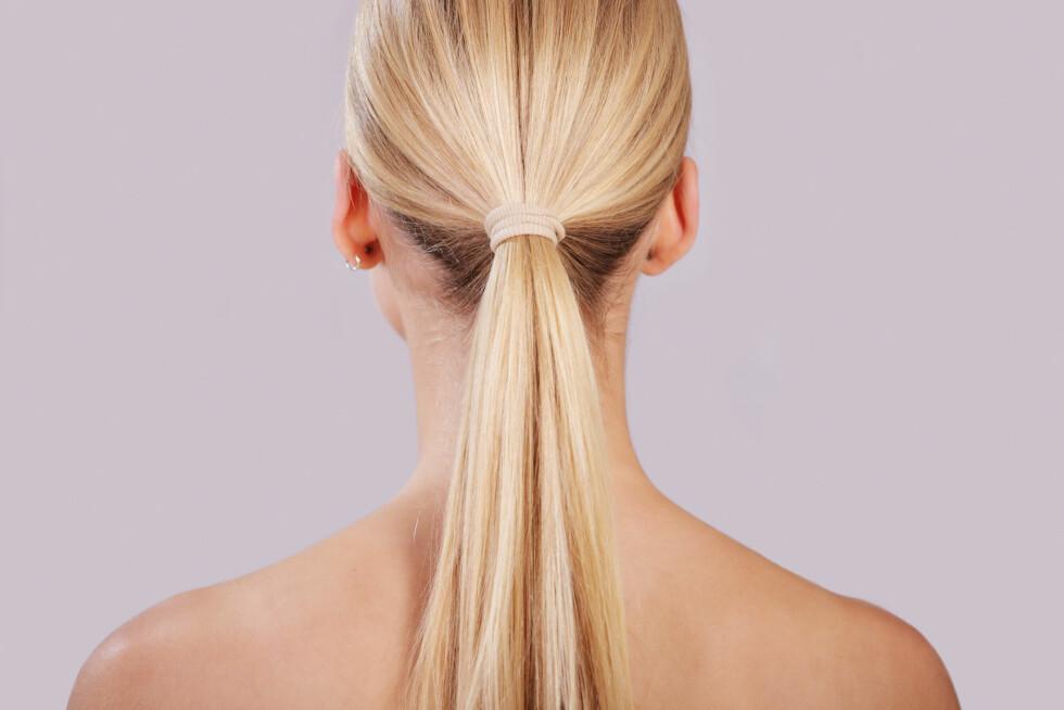 TYNT HÅR? VÆR OBS: Jo tynnere hår du har, jo verre er det faktisk å gå med strikk mye.  Foto: se media - Fotolia
