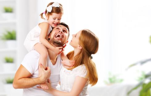 ORDNE OPP I FORHOLDET FØRST: Det kan være lurt å ta en liten vårrengjøring i forholdet først, så svakheter mellom dere er ordnet opp i før dere får barn.  Foto: Scanpix