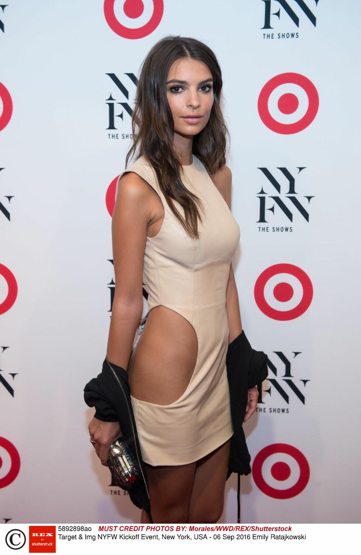 NYFW: Skuespiller og modell Emily Ratajkowski (25). Foto: Rex Features