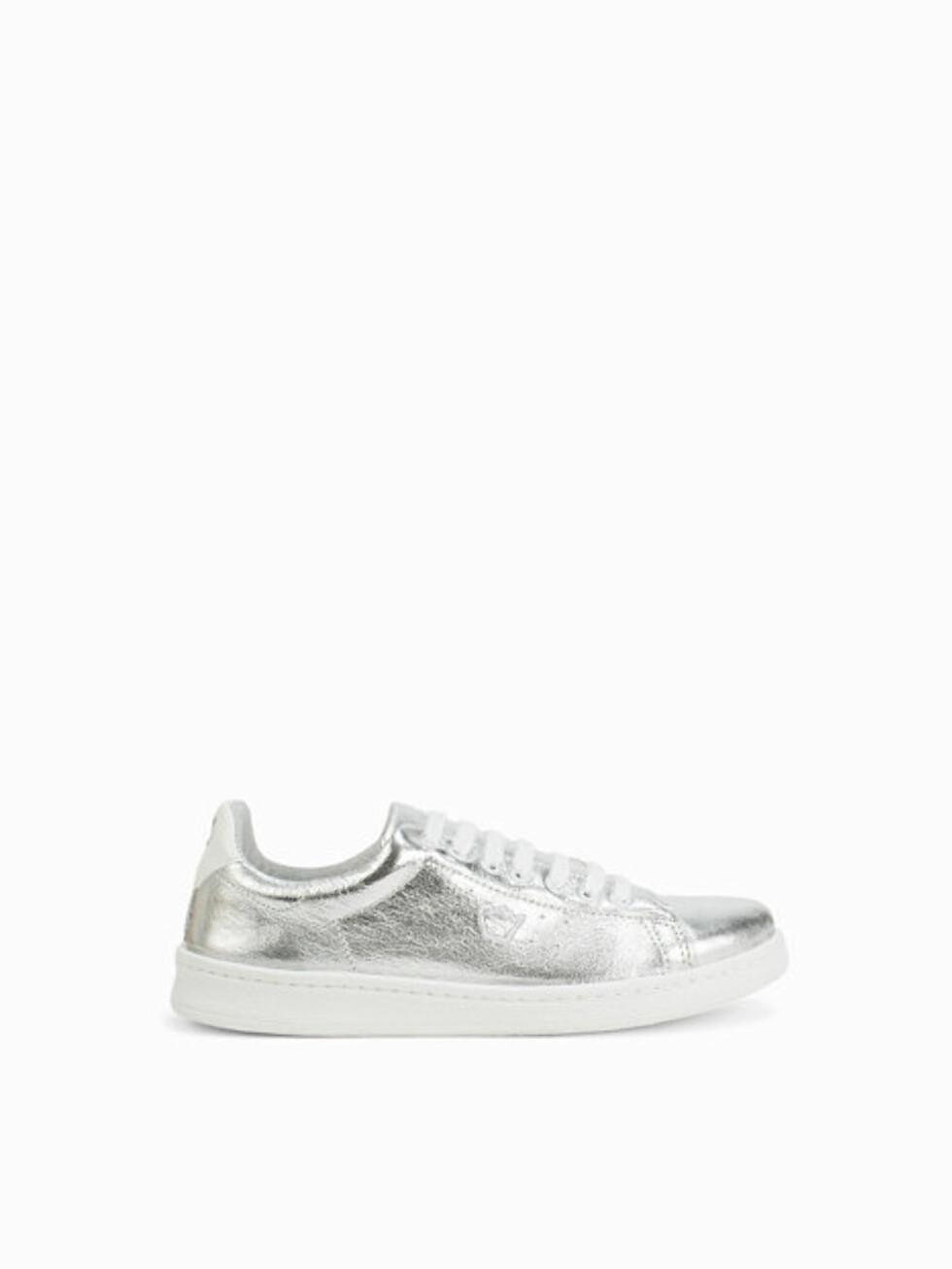 Sneakers fra Svea via Nelly.com | kr 949 |  http://my.nelly.com/link/click/15108