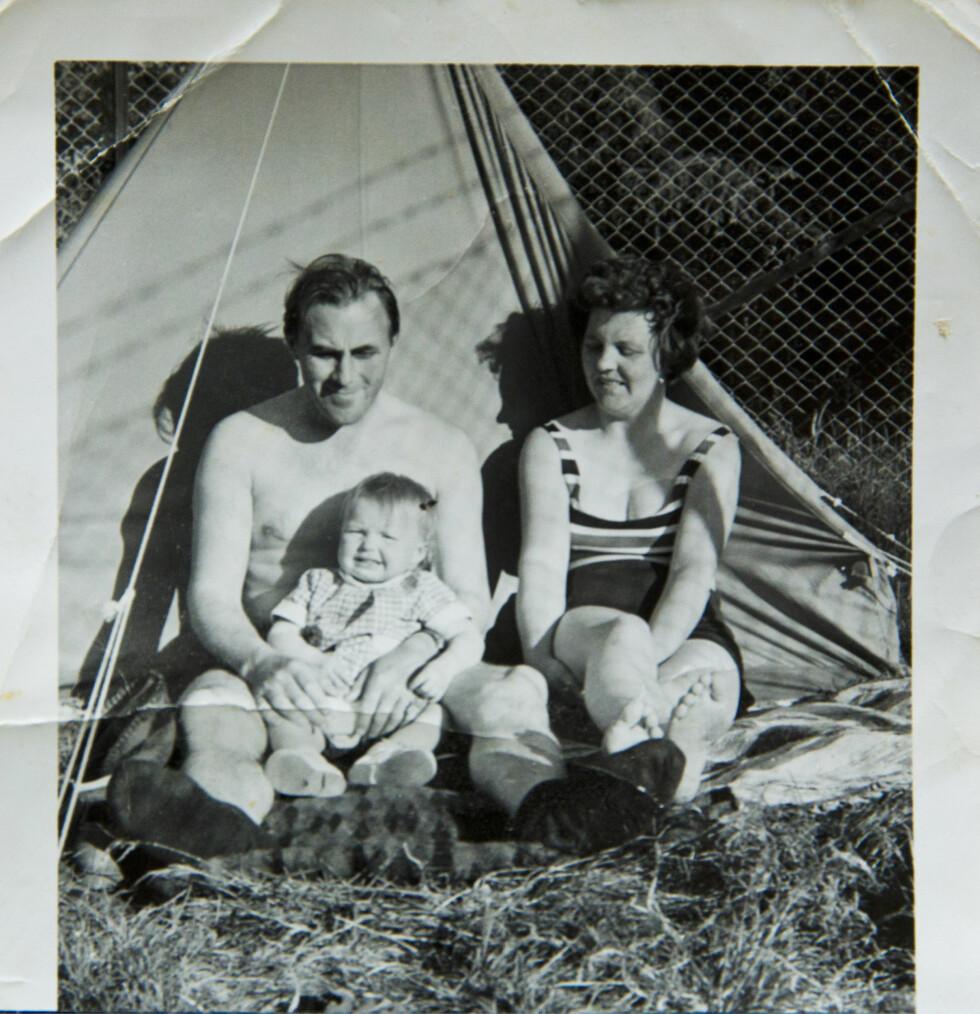 EKTE FAMILIE: Mor, far og barn. Kristin følte alltid at hun hørte hjemme. Foto: Cathrine Dillner Hagen