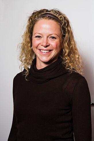 EKSPERT: Jeanette Roede oppfordrer til å bruke målebånd for å regne ut om man nærmer seg faresonen for overvekt. Foto: Grete Roede AS