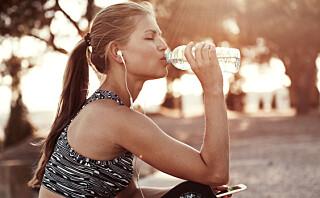 Derfor bør du trene uten sminke - og dusje rett etter økten!