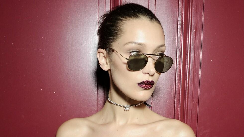 STYLISTEN BAK: Elizabeth Sulcer står bak stylingen til en rekke supermodeller, som blant annet 19 år gamle Bella Hadid. Foto: Rex Features