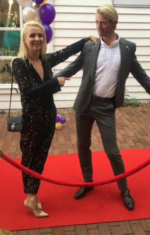 HOFTEØVELSE: Eilev Bjerkerud viste KK.no hva han foreløpig har lært av dansepartner Nadya Khamitskaya. Se videoklippet på KK.nos Facebook-side! Foto: Malini Gaare Bjørnstad // KK.no