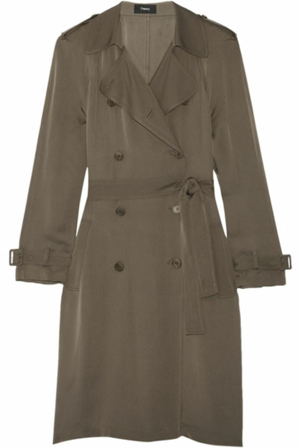 Trench coat fra Theory | ca. kr 6700 | Foto: Produsenten