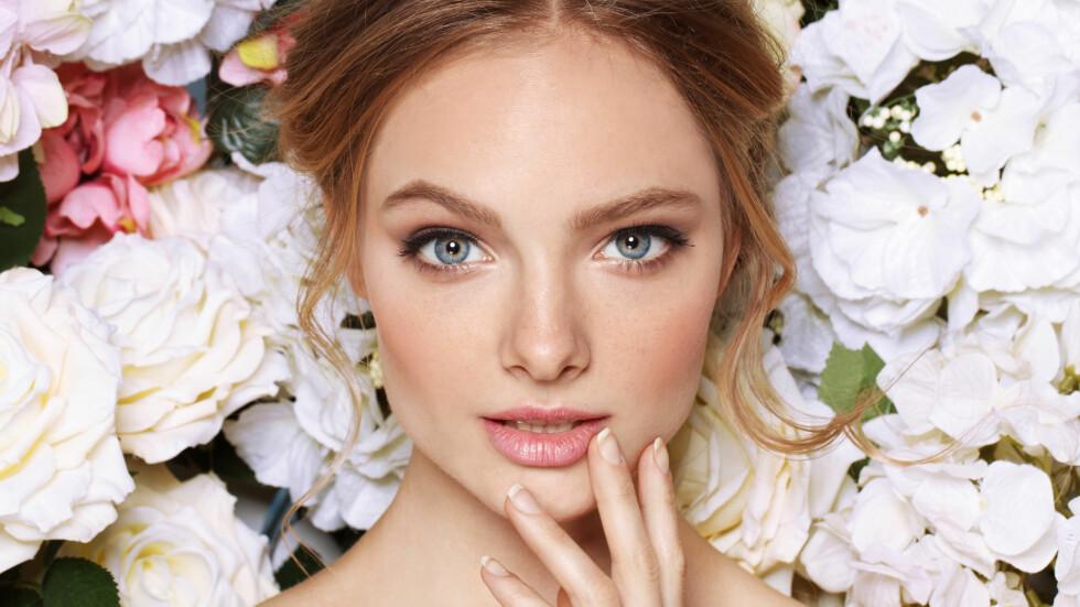 SMINKETIPS: Hva er det vi egentlig gjør riktig og galt når det kommer til sminke? Sjekk makeupartistenes beste tips og triks nede i saken! Foto: Shutterstock / chaletgirl
