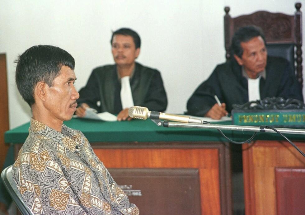 AHMAD SURADJIl: Suradji i retten da han ble dømt til døden for å ha drept 42 kvinner. Foto: AP