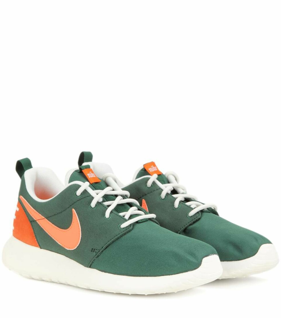 Joggesko fra Nike via Mytheresa.com | kr 397 | http://www.mytheresa.com/eu_en/nike-roshe-one-retro-sneakers-552656.html?catref=category