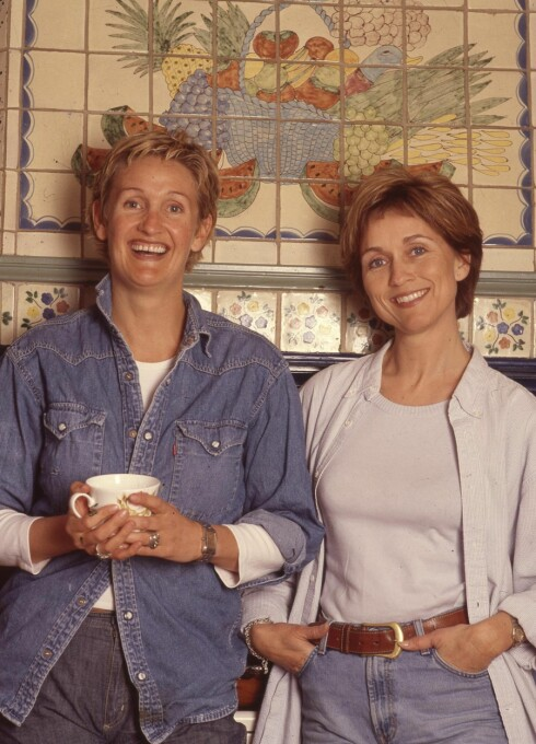 SUKSESS: Anett og Hilde Hummelvoll gjorde stor lykke med «Forandring fryder» på NRK TV. Duoen har også gitt ut flere bøker med tema interiør. Foto: Privat