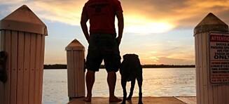 Se den hjerteskjærende måten Robert tar farvel med sin kreftsyke hund på