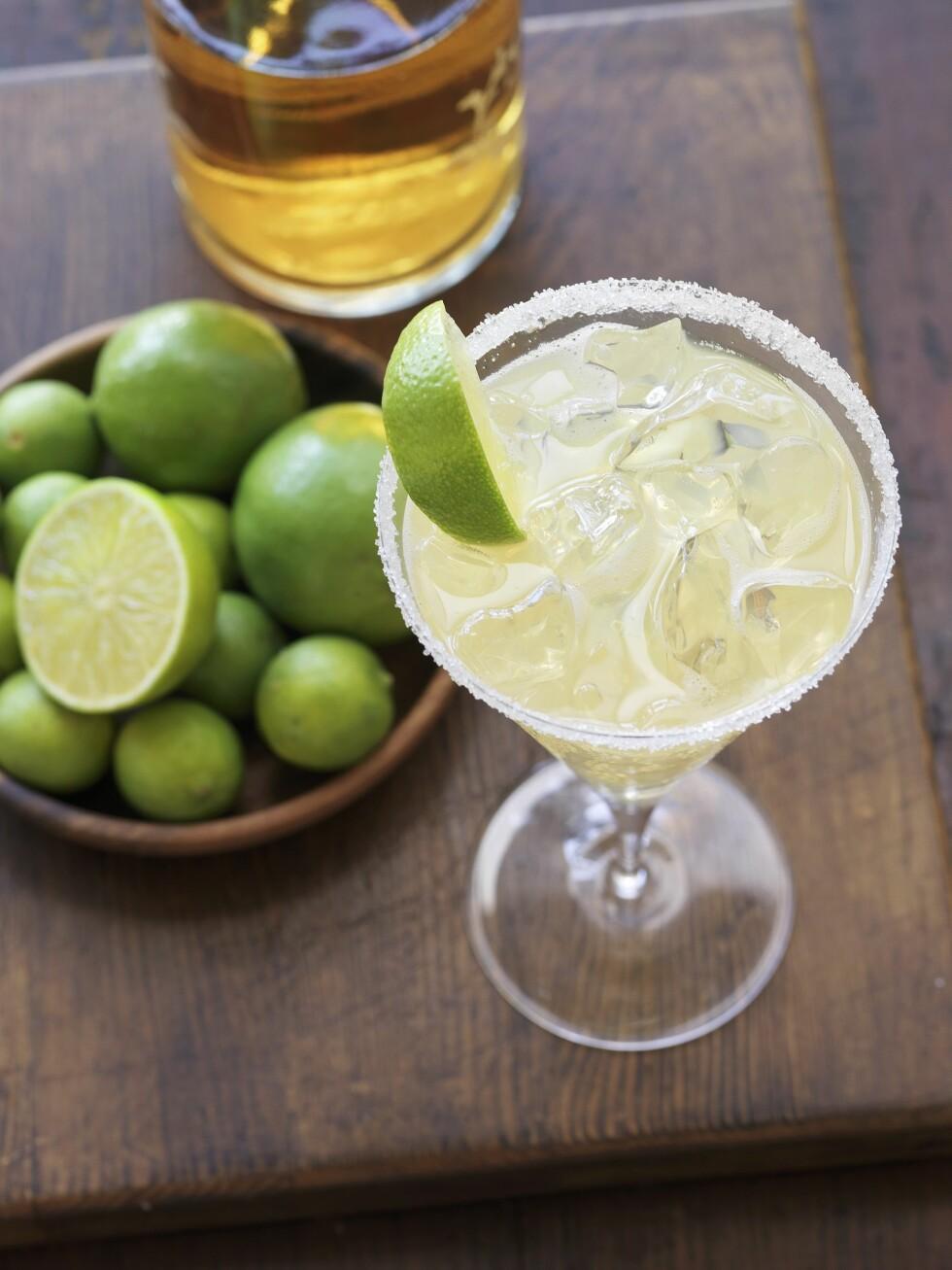 <strong>KALORIER:</strong> En alkoholholdig drink er ikke bare skadelig for kroppen, de kan også bidra til vektoppgang. Foto: Bon Appetit
