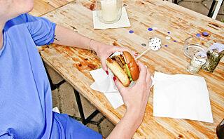 Jo, du kan spise hamburger med god samvittighet på festival