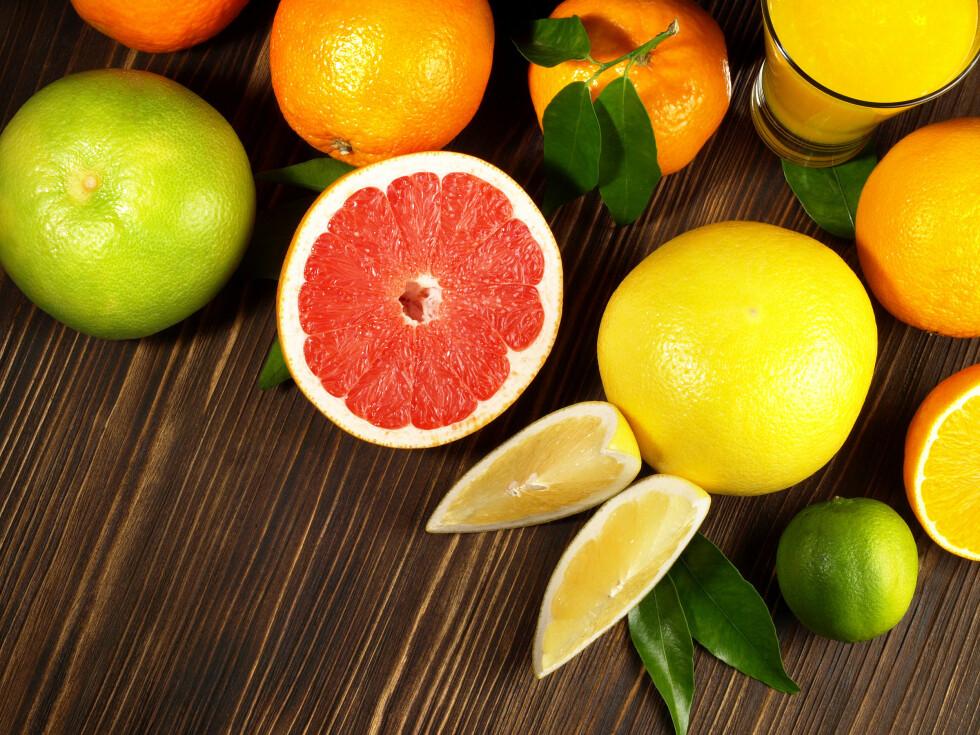 VITAMINBOMBE: Sitrusfrukter er stappfulle av C-vitaminer, som hjelper mot aldring.      Foto: ExQuisine - Fotolia
