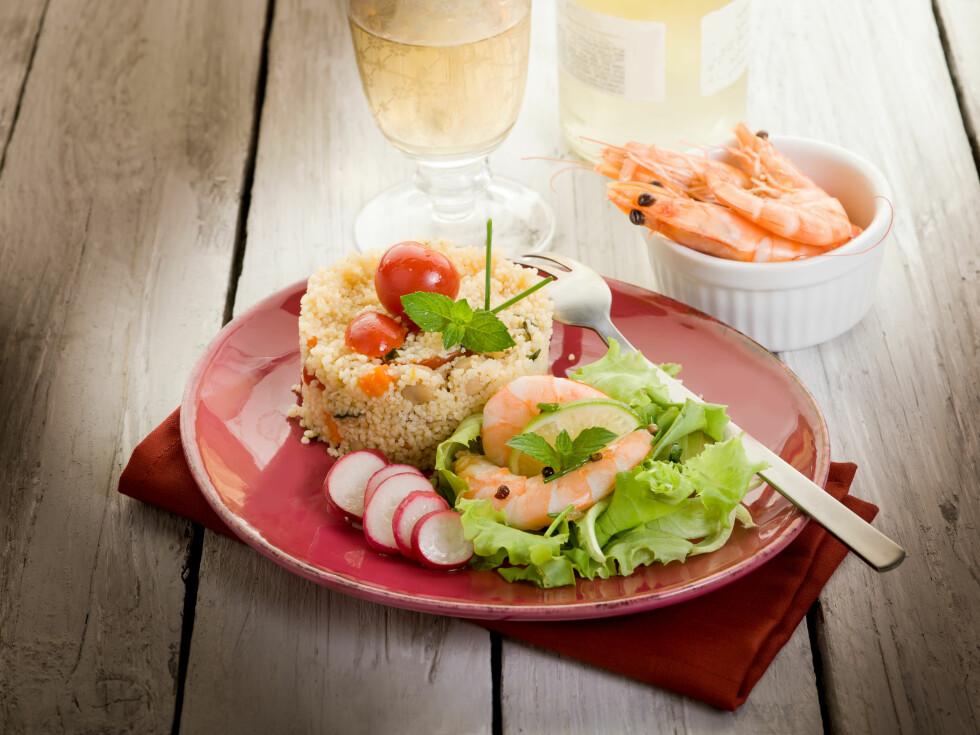 HELSEMAT: - Spise mer fisk, og både mager og fet, sier eksperten. Reker regnes som mager fisk. Foto: Shutterstock / marco mayer