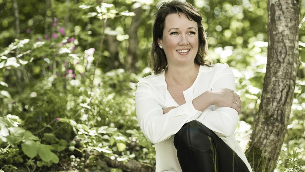 ANTISUPER: Forfatter og blogger, Kristine Storli Henningsen, er ikke redd for å vise seg slik hun virkelig er. Foto: All Over Press Norway