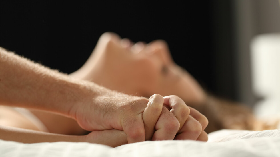 STØRRE BRYSTER: Det er lenge vært allmennkjent at sex har en rekke helsefordeler, men det få vet er at det også påvirker kroppens utseende. Blant annet blir puppene våre større jenter! Foto: Shutterstock / Antonio Guillem