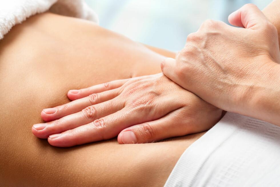 MASSASJE: Flere bruker massasje som behandlingsmetode.  Foto: Shutterstock / karelnoppe
