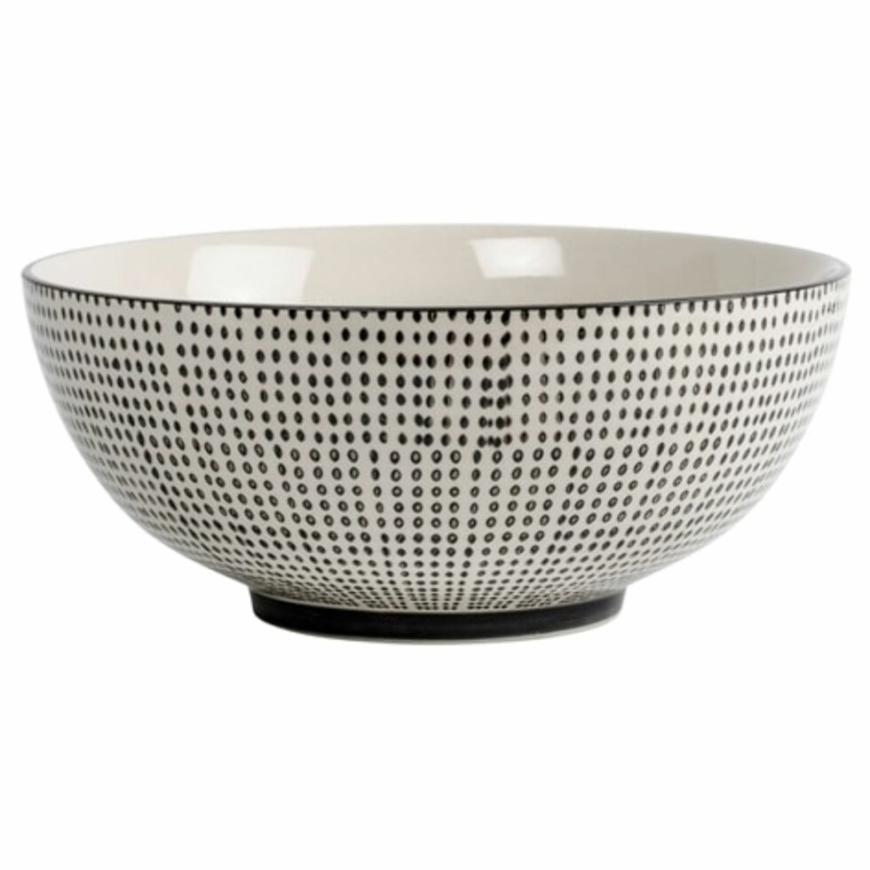 Salatbolle fra Lagerhaus | kr 99 | https://track.adtraction.com/t/t?a=1086014138&as=1115634940&t=2&tk=1&url=http://www.lagerhaus.no/rea/salladsskal-geometric-svart