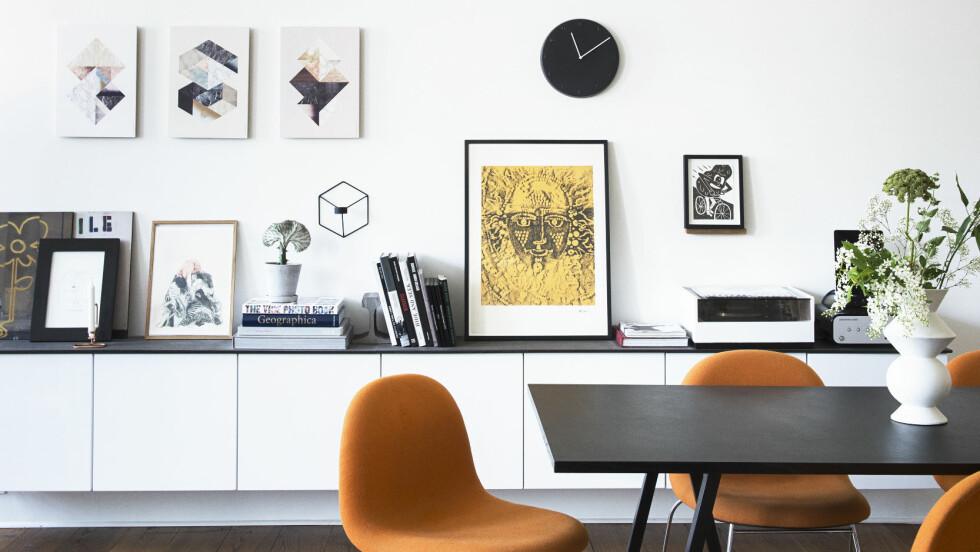 INTERIØRKUPP: Skal du flytte i sommer og trenger litt nytt til hjemmet? Da kan det være lurt å ta en titt på det gigantiske salget som er i gang nå. Nederst i saken finner du produkter som kan være med på å gjøre hjemmet ditt både trendy og koselig. Foto: All Over Press Denmark