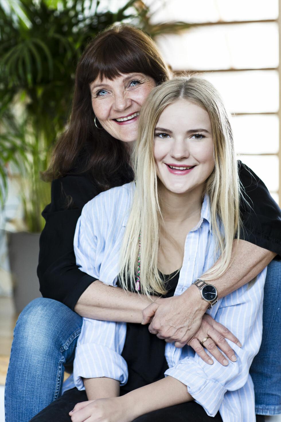 TID TIL EGNE TING: Hege er sikker på at detblir vemodig å følge datteren til flyplassen når hun flytter til New Zealand, men hun har nok å fylle tiden med hjemme. Foto: Astrid Waller